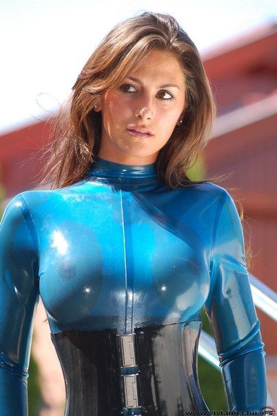 Titten In Latex
